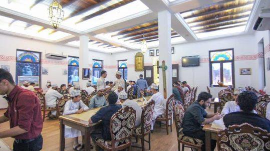 جمعية الطلبة العُمانيين في ماليزيا تنظم افطار جماعي