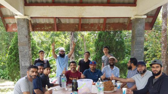 الطلبة العمانيون في ماليزيا يحتفلون بعيد الفطر السعيد